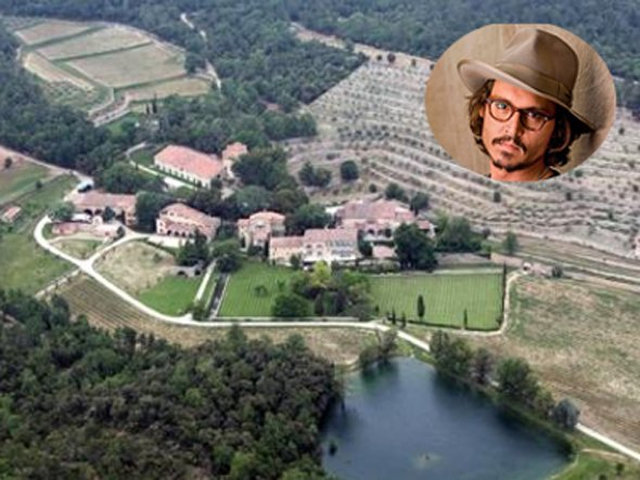 See inside johnny depp 39 s gorgeous island house for La star homes tour