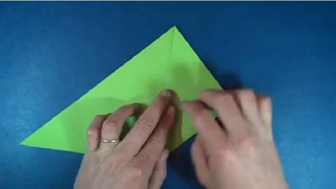 Make a Paper Boomerang | Paper plane, Paper, How to make | 384x680