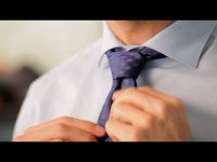 How to tie a tie small knot