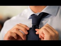 How to tie a tie using Prince Albert method