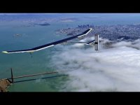 Solar plane flies over San Francisco Bay