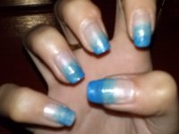 Plastic Wrap Nail Tutorial | Beige nails with blue ombre/gradient effect