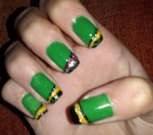 Christmas inspired nail tutorial ♡ Green nails with black, yellow&red stripes